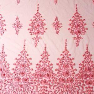 Broderie accesorizata cu margele - roz-11105