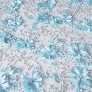 Broderie accesorizata cu aplicatii florale 3D-10362