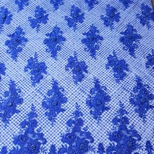 Broderie albastru royal accesorizata