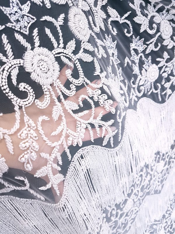 Broderie couture white lucrata 100 % manual