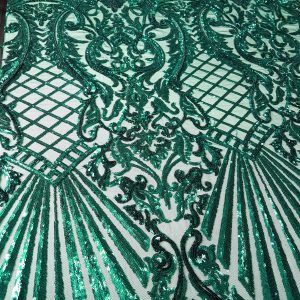 Broderie verde smarald accesorizata cu micropaiete