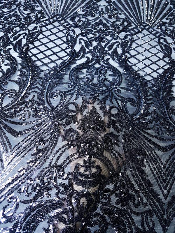 Broderie accesorizata neagra cu micropaiete