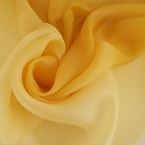 Organza in degrade auriu spre ocru