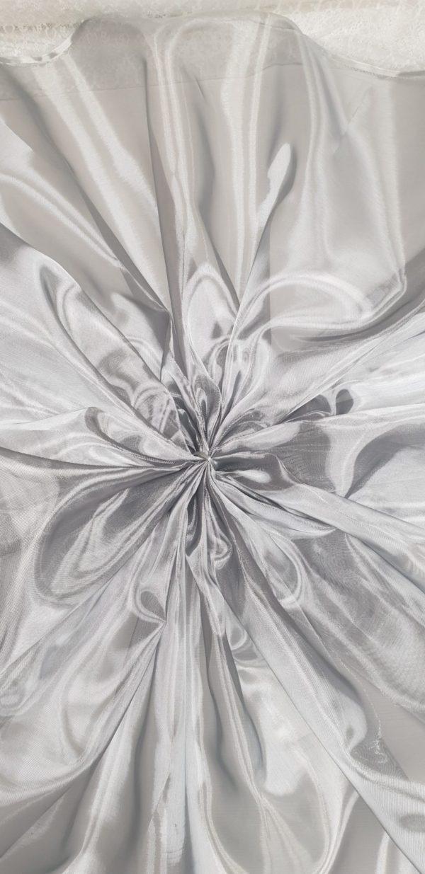 Crinolina argintie