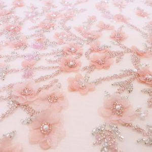 Broderie peach roze lucrata manual