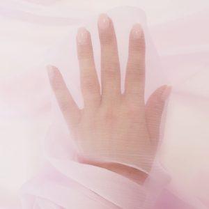 Voal creponat roz quartz Muselina din matase naturala