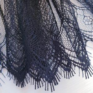 Bordura neagra din dantela Jean Bracq