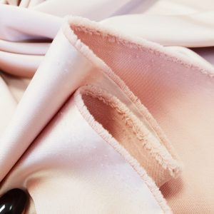 Tafta Oscar nude roze