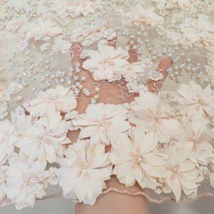 Broderie 3D roz pal cu flori