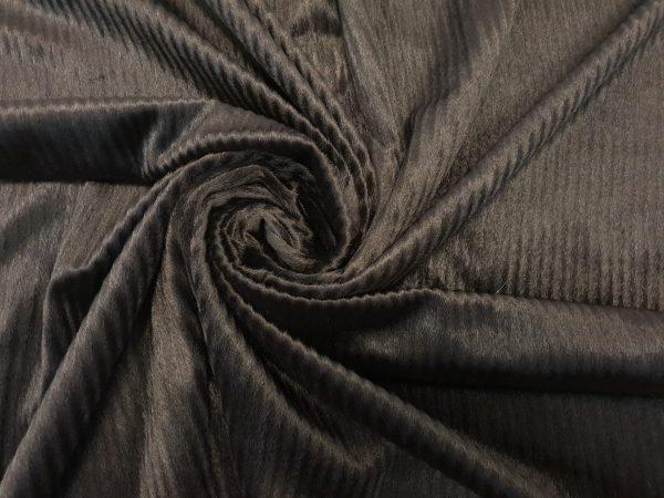 Blanita maro inchis cu fir scurt