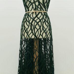 Broderie verde smarald accesorizata cu margele