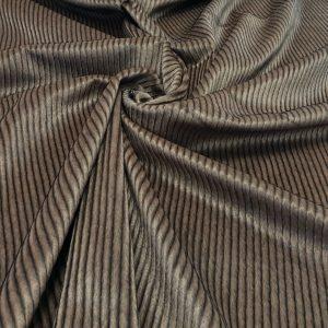 Blanita maro cu dungi