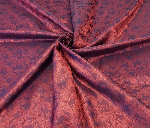 Captuseala roz corai cu aspect jacquard