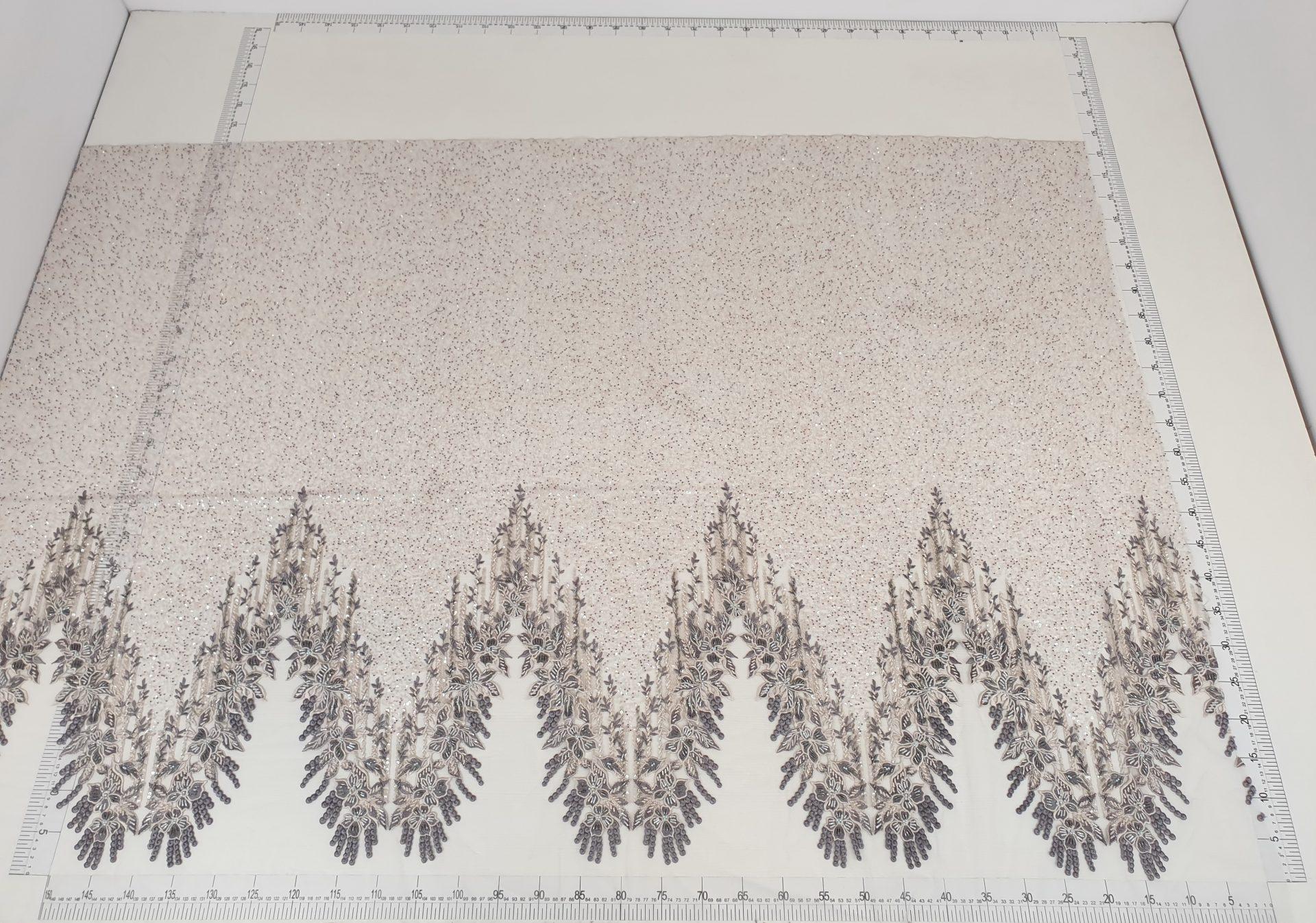Dantela dark grey cu margele - material textil la metru