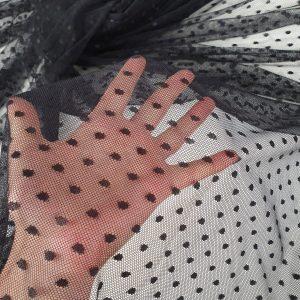 Tulle negru cu buline