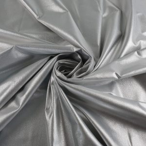 Jacard argintiu cu aspect metalizat