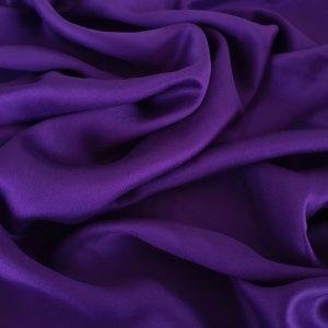 Tesatura dark purple din matase naturala si bumbac