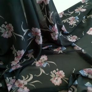 Voal negru imprimat cu flori