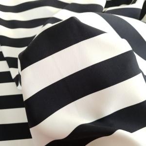 Stofita cu dungi alb&negru VAL367