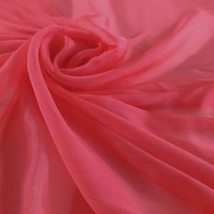 Voal creponat roz trandafiriu