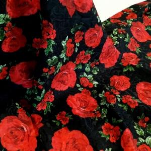 Brocard negru cu trandafiri rosii MNL277