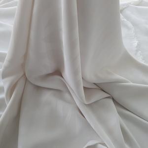 NLB559 Jacquard alb din vascoza cu elastan