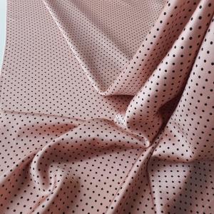 Satin nude roz pudra din matase naturala cu buline