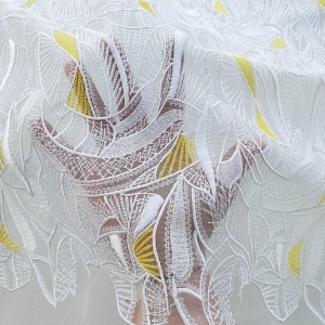BYB603 Broderie ivory pe baza din organza