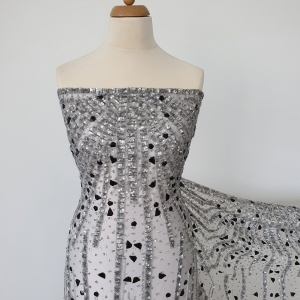 Broderie couture silver&black