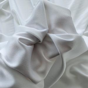 Crep satinat off-white